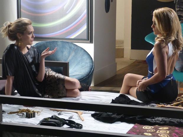 Megan conta para Pamela sobre romance com Davi (Foto: Geração Brasil/TV Globo)