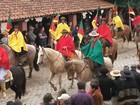 Quase mil cavaleiros participam do Desfile Farroupilha em Piratini, no RS