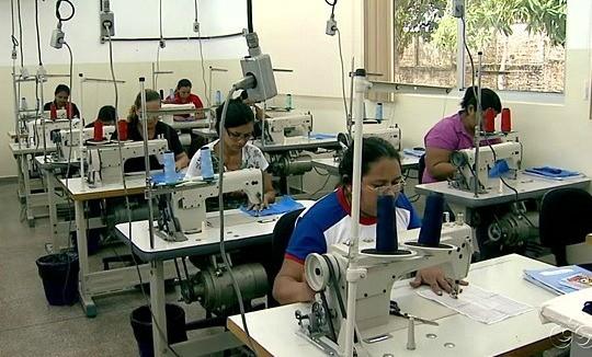 Incubadora de empresas incentiva produção de confecções no Amazonas (Foto: Amazônia TV)