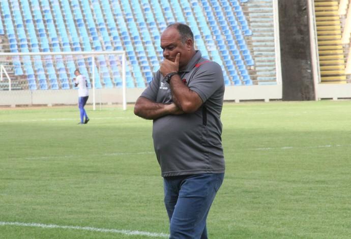 Técnico Ruy Scarpino diz que vitória traz tranquilidade ao grupo motense (Foto: Biamam Prado / Jornal O Estado)