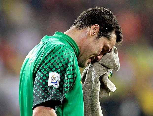 Julio Cesar derrota Brasil jogo Holanda (Foto: Reuters)