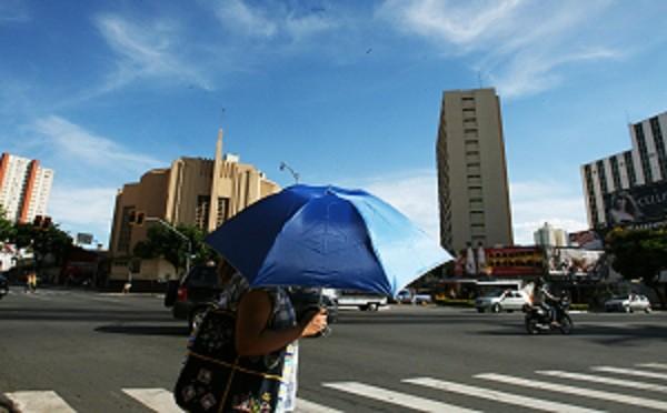 Temperatura em Goiânia deve atingir a máxima de 35ºC na quarta-feira (7) (Foto: Cristina Cabral)