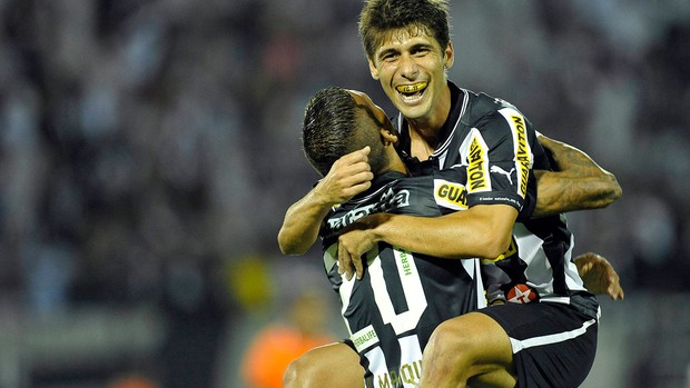 Fellype Gabriel gol Botafogo (Foto: AGIF)