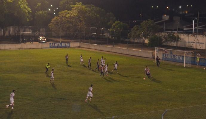 santa cruz-pb x campinense estádio teixeirão (Foto: Lucas Barros / GloboEsporte.com/pb)