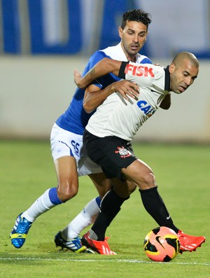 Leandro Guerreiro Emerson Sheik, Cruzeiro x Corinthians (Foto: Washington Alves/Vipcomm)