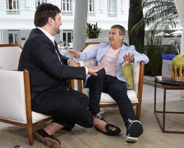 Em conversa descontraída, Antonio Banderas falou sobre família e trabalho (Foto: Felipe Monteiro / Gshow)