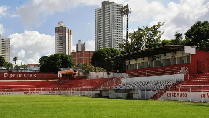Onésio Brasileiro Alvarenga, sede do Vila Nova (Foto: Guilherme Gonçalves/Globoesporte.com)
