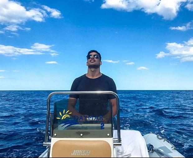 Cauã Reymond em férias pela Itália (Foto: Reprodução)