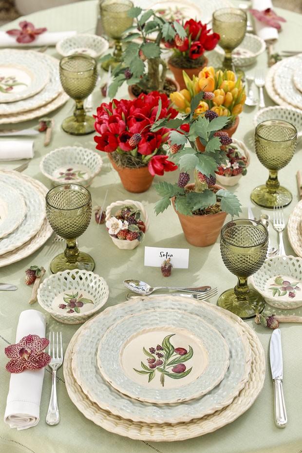 Vamos Receber: como decorar uma mesa inspirada nas frutas silvestres (Foto: Julio Acevedo)