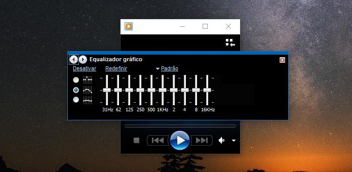 Usando o equalizador do WMP (Foto: Reprodução/Helito Bijora)