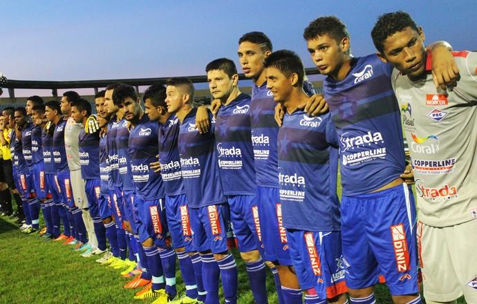 Elenco do Enxuga Rato na final do Campeonato Piauiense (Foto: Emanuele Madeira/GloboEsporte.com)