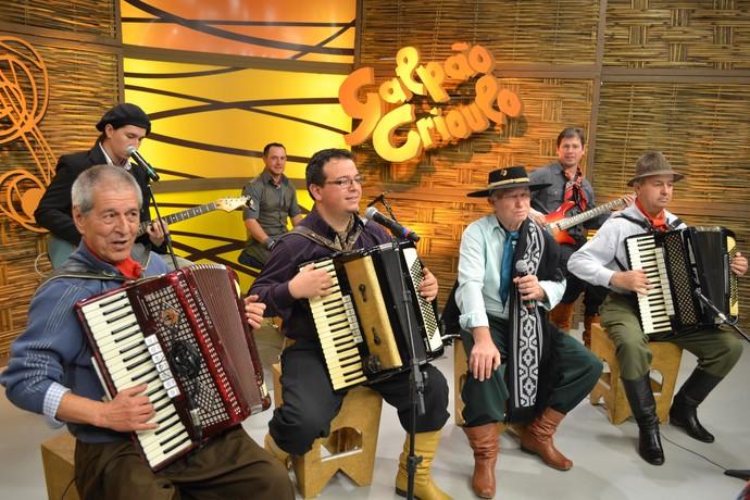 Os Mirins Galpão Crioulo (Foto: Maicon Hinrichsen/RBS TV)