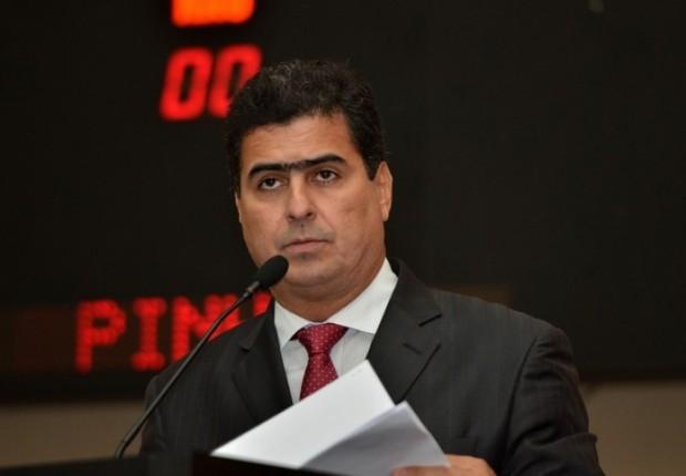 Emanuel Pinheiro, candidato do PMDB à Prefeitura de Cuiabá (Foto: Reprodução/Facebook)