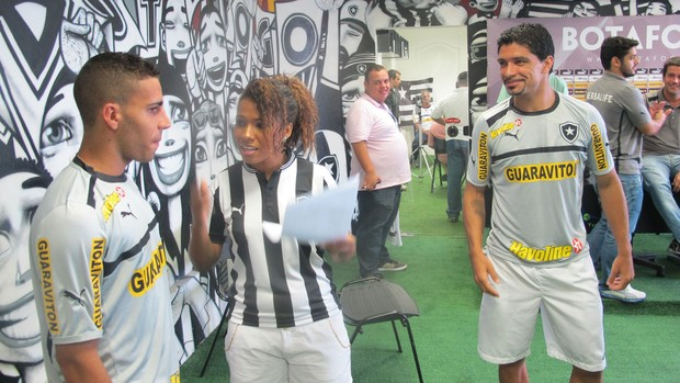 Thalita Pertuzatti, Gabriel e Renato Botafogo (Foto: Fabio Leme)