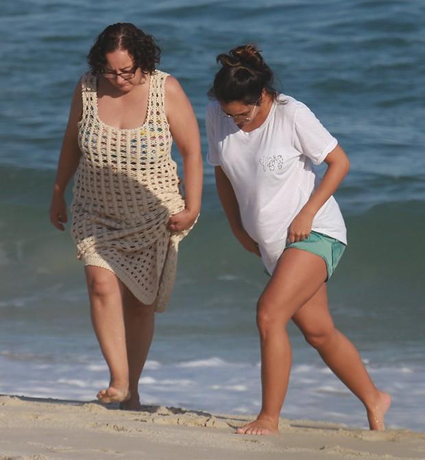 Yanna Lavigne com a mãe, Lúcia (Foto: Dilson Silva/ Agnews)