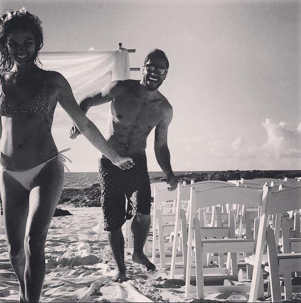 Isis Valverde e o namorado, Uriel del Toro (Foto: Reprodução / Instagram)