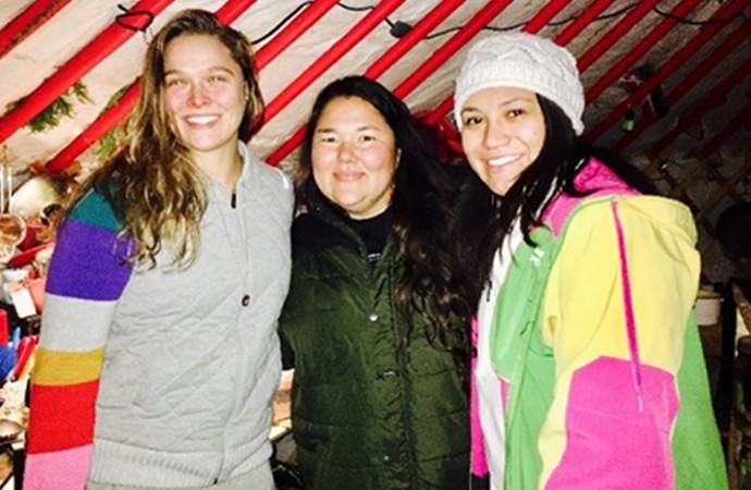 Ronda Rousey Standing Rock (Foto: Reprodução / Instagram)