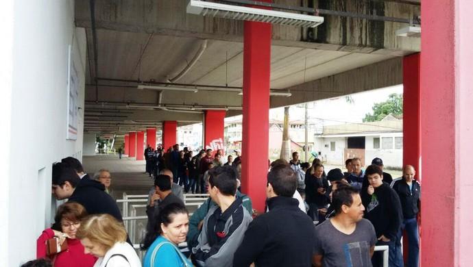 Ingressos Joinville Flamengo (Foto: Alessandra Flores / RBS TV)