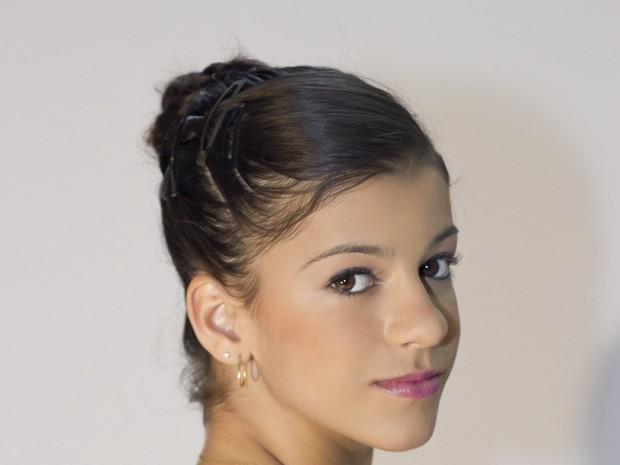 Mayara tem 21 anos,  do Rio de Janeiro e dana ballet clssico (Foto: Divulgao)
