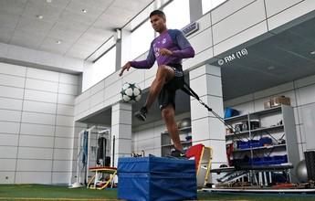 """Zidane vê ida de Casemiro para a Seleção delicada: """"Ainda não correu"""""""