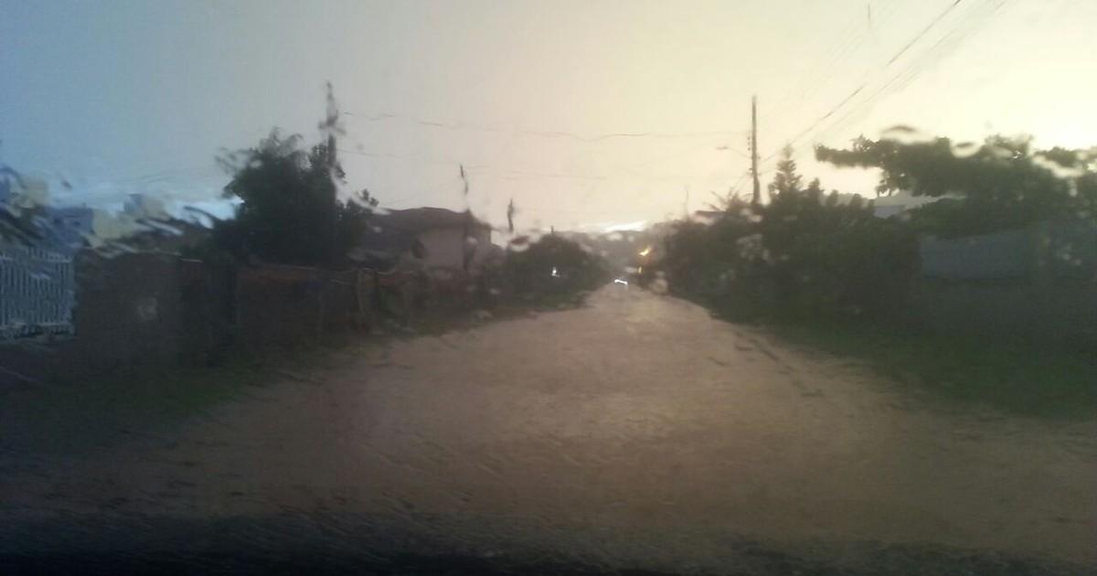 Norte catarinense registra estragos após chuva acompanhada de ... - Globo.com