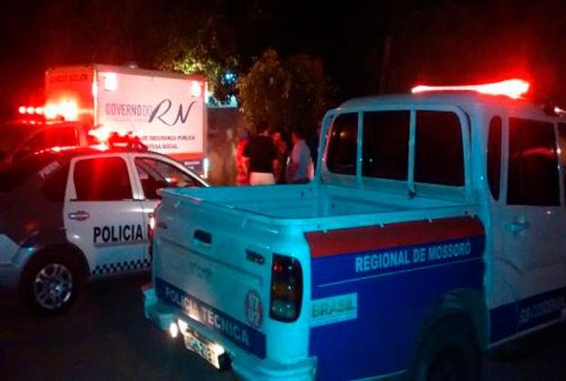 Casal foi morto dentro da casa onde residiam, no Centro de São Rafael (Foto: Marcelino Neto/G1)