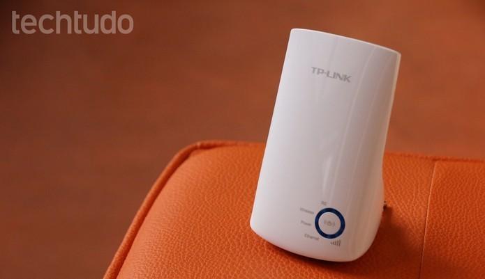 Investir em um repetidor pode reforçar velocidade de internet perto da SmartTV (Foto: Luciana Maline/TechTudo)