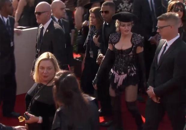 Madonna chega ao Grammy 2015. (Foto: Reproduo / AP)