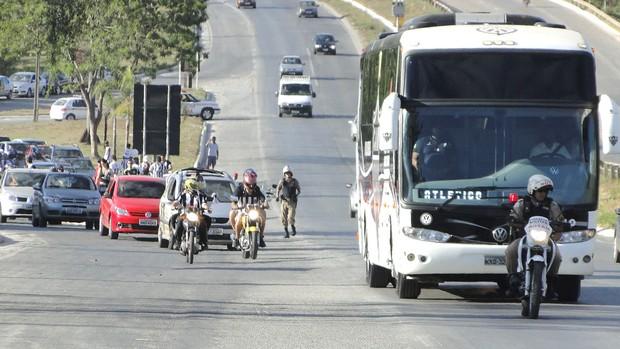 Carreata do Atlético-mg (Foto: Lucas Catta Prêta / Globoesporte.com)