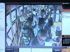 Idoso morto em assalto a ônibus foi atingido por criminoso, diz delegado