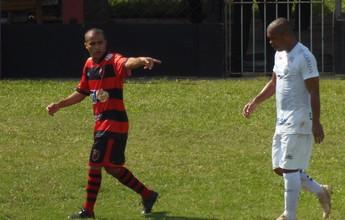 """T. Moura mostra revolta com queda do Bafo: """"Time deles nem queria jogar"""""""