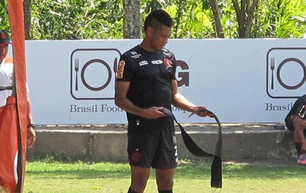 Hernane em treino físico do Flamengo  (Foto: Richard Souza/Globoesporte.com)