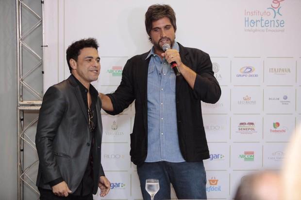 Zezé de Camargo e Léo (Foto: Leo Crosara)