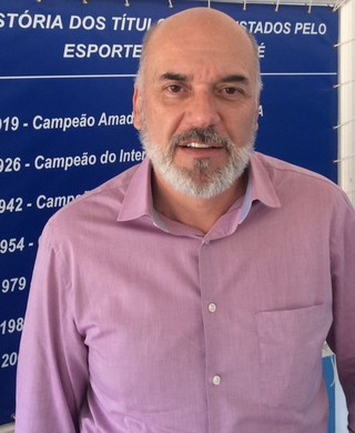 Waldir Attili Junior presidente Taubaté (Foto: Divulgação/E.C. Taubaté)
