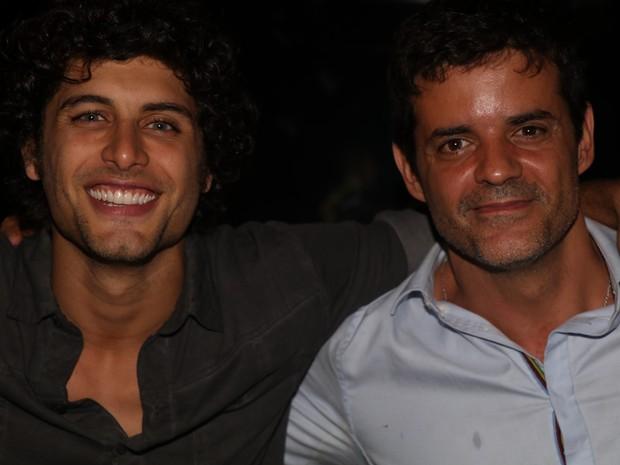 Jesus Luz e Jorge Pontual em festa na Zona Sul do Rio (Foto: Fred Pontes/ Divulgação)