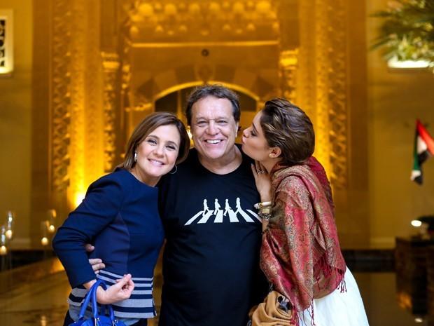 Adriana Esteves, Dennis Carvalho e Sophie Charlote em clima de descontração em Dubai (Foto: Isabella Pinheiro/Gshow)