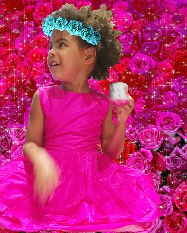 Blue Ivy: vestido pink para celebrar a Páscoa (Foto: Reprodução)
