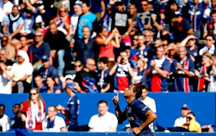 Lucas comemoração jogo PSG contra Bastia (Foto: Reuters)
