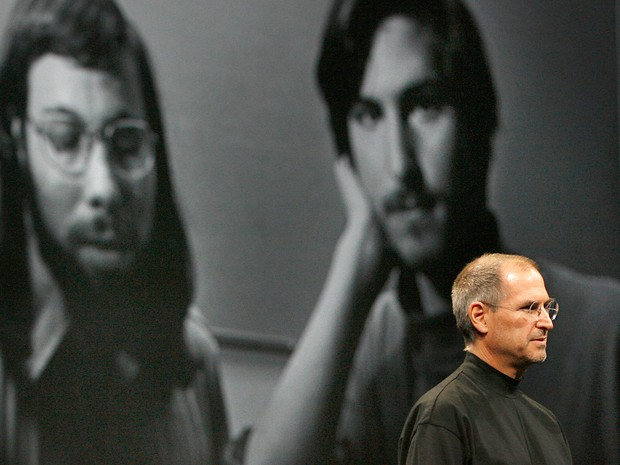 Os dois Steves, Jobs e Wozniak, são considerados e lembrados como os fundadores da Apple (Foto: AFP Photo/Tony Avelar)