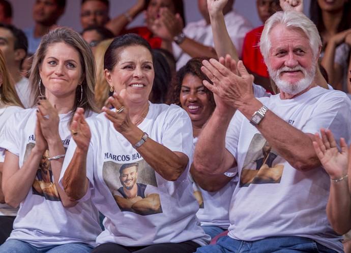 Família de Marcos quer conhecer Emilly independente da relação continuar ou não fora da casa (Foto: Artur Meninea/Gshow)