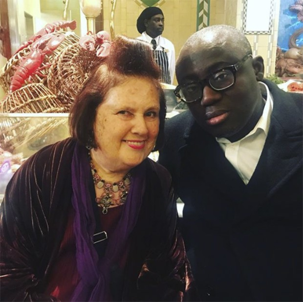 Enjoying Edward Enninful COUNT DOWN to his first British Vogue. FOUR more days until I get MY copy. We had a happy hug in the Harrods food hall for D & G show (Foto: @SUZYMENKESVOGUE)