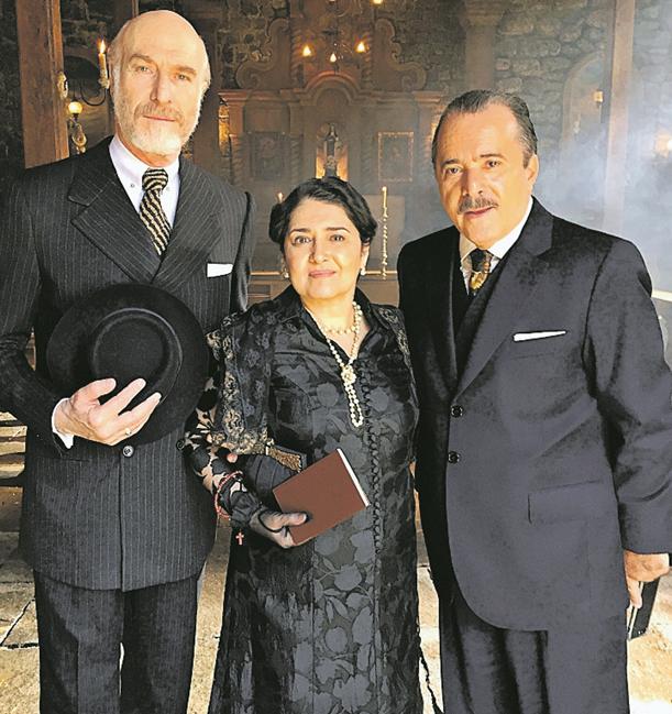 Odilon Wagner, Inez Viana e Tony Ramos nos bastidores de 'Tempo de amar' (Foto: Arquivo pessoal)