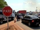 Obras de recuperação de rodovia provocam congestionamento em MT