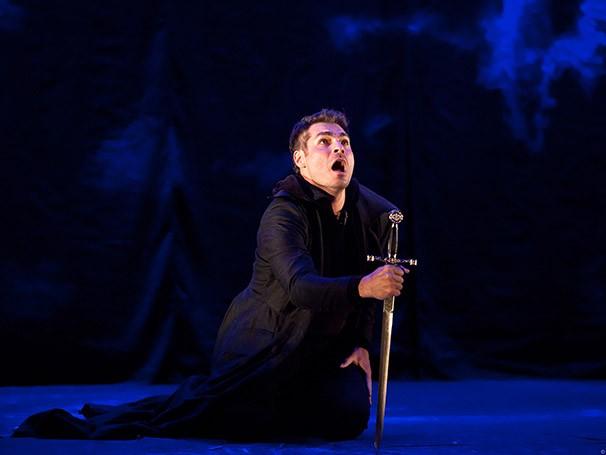 'Hamlet' traz um toque de humor sem se distanciar do texto original (Foto: João Caldas)