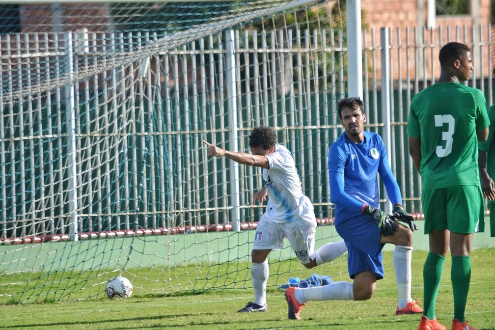 Defesa do Boavista não foi páreo para o domínio ofensivo do Espírito Santo (Foto: João Brito/Espírito Santo FC)
