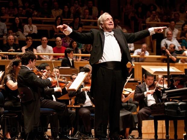 Maestro faz apresentação gratuita em Sumaré (SP) nesta sexta-feira (18)  (Foto: Fernando Mucci )