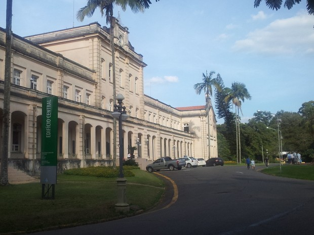 Prédio central da Esalq de Piracicaba (Foto: Araripe Castilho/G1)