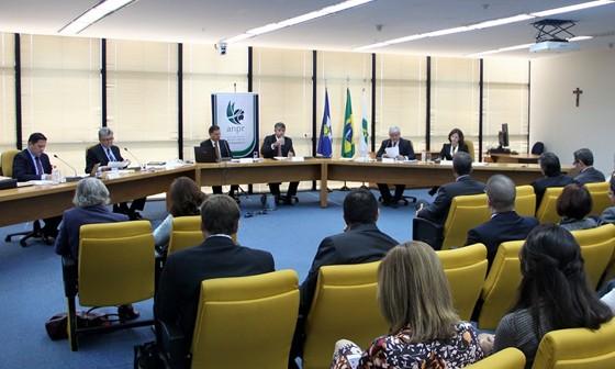 Participaram do debate os quatro candidatos ao cargo de chefe do Ministério Público (Foto: Reprodução/Facebook)
