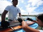 Cientistas implantam microchips em tubarões das Ilhas Galápagos
