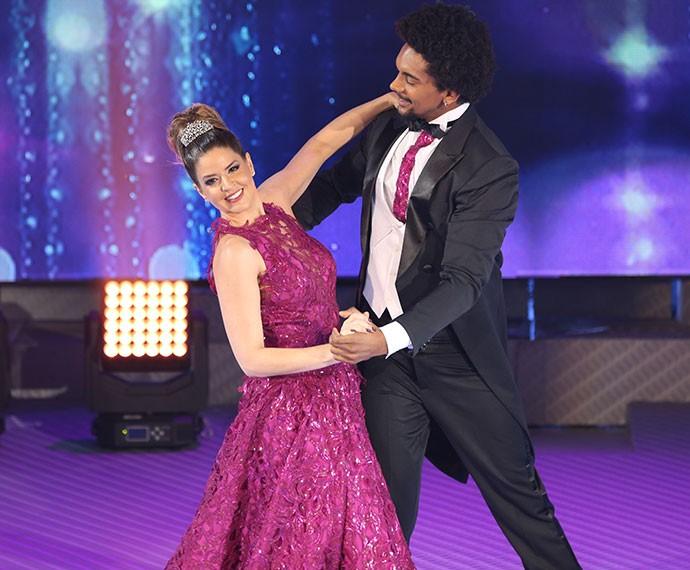 Mariana Santos e Marcus Lobo arrasam no 'Dança' (Foto: Carol Caminha/Gshow)